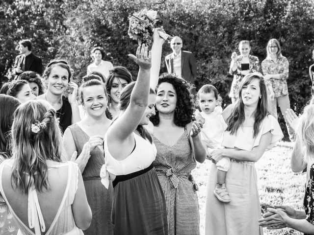 Le mariage de Florent et Amélie à Châteauneuf-sur-Sarthe, Maine et Loire 49