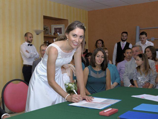 Le mariage de Alexandre et Elodie à Lamoura, Jura 15