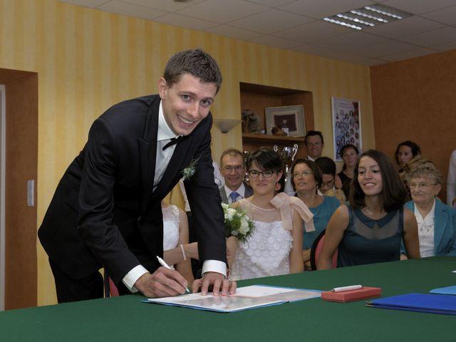 Le mariage de Alexandre et Elodie à Lamoura, Jura 16