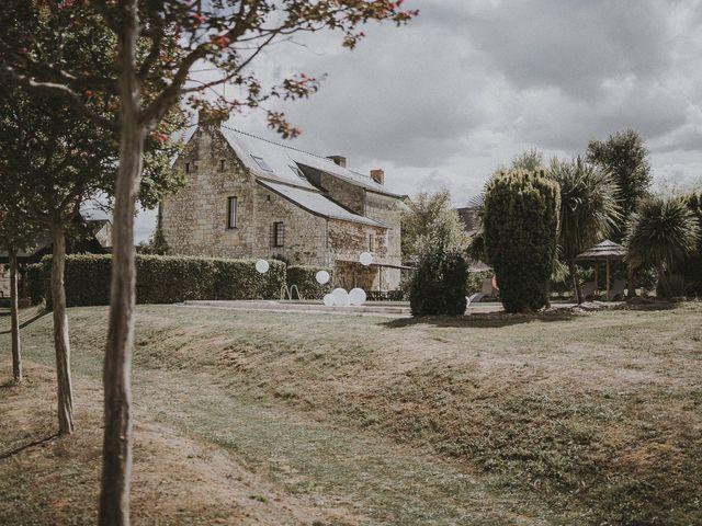 Le mariage de Julien et Louisa à Saint Sulpice sur Loire, Maine et Loire 6