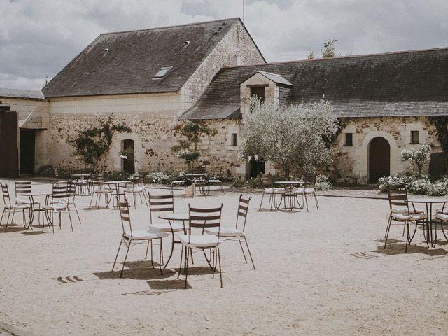 Le mariage de Julien et Louisa à Saint Sulpice sur Loire, Maine et Loire 12