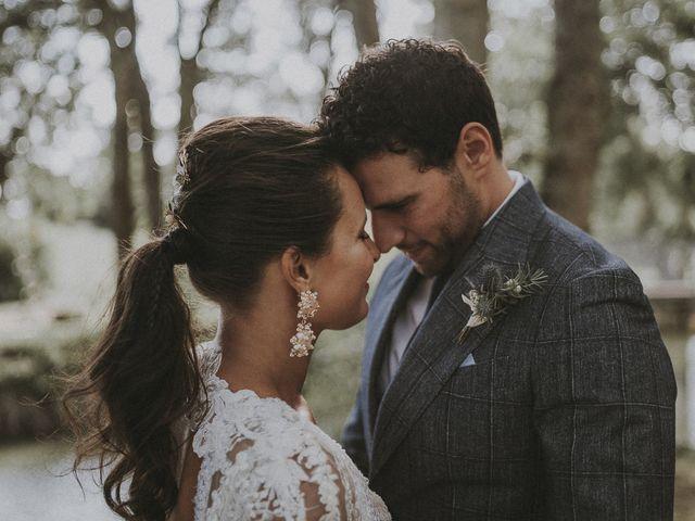 Le mariage de Julien et Louisa à Saint Sulpice sur Loire, Maine et Loire 48