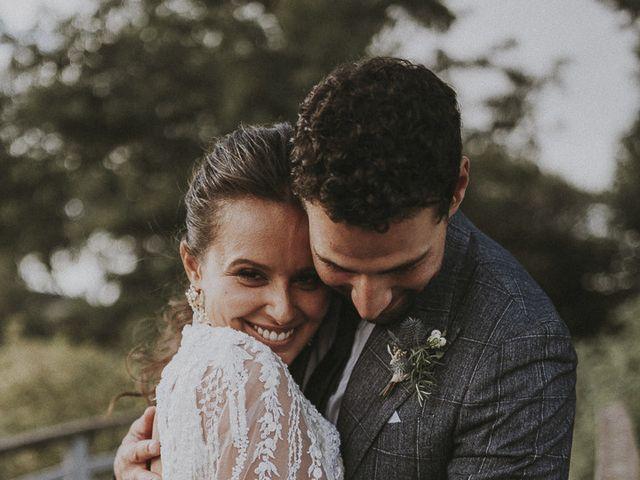 Le mariage de Julien et Louisa à Saint Sulpice sur Loire, Maine et Loire 61
