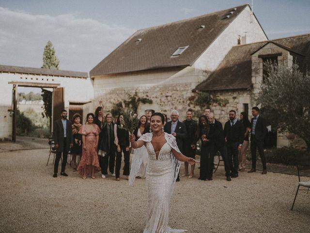 Le mariage de Julien et Louisa à Saint Sulpice sur Loire, Maine et Loire 63