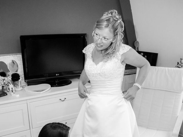 Le mariage de David et Mélissa à Comines, Nord 27