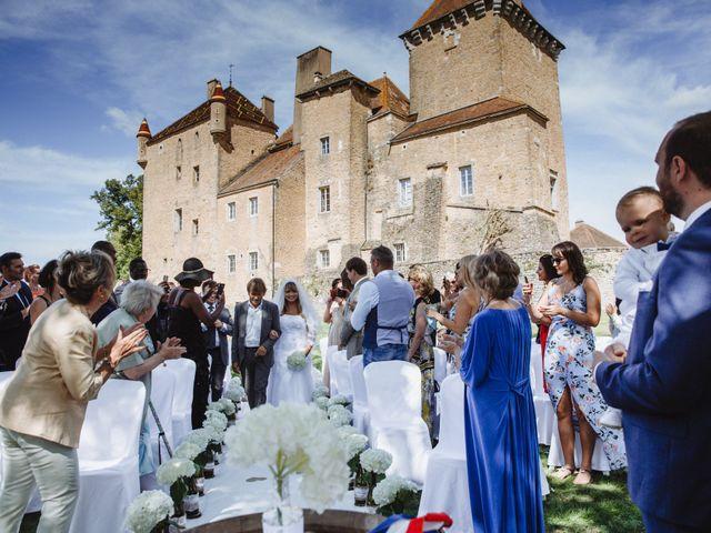 Le mariage de Xavier et Franceska à Pierreclos, Saône et Loire 26