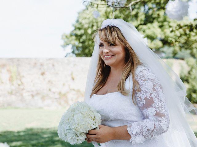 Le mariage de Xavier et Franceska à Pierreclos, Saône et Loire 27