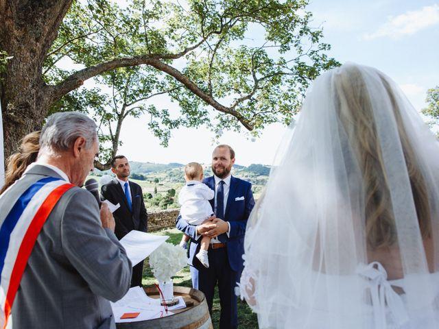 Le mariage de Xavier et Franceska à Pierreclos, Saône et Loire 29