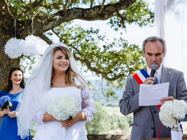 Le mariage de Xavier et Franceska à Pierreclos, Saône et Loire 31