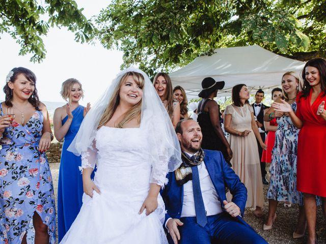 Le mariage de Xavier et Franceska à Pierreclos, Saône et Loire 39
