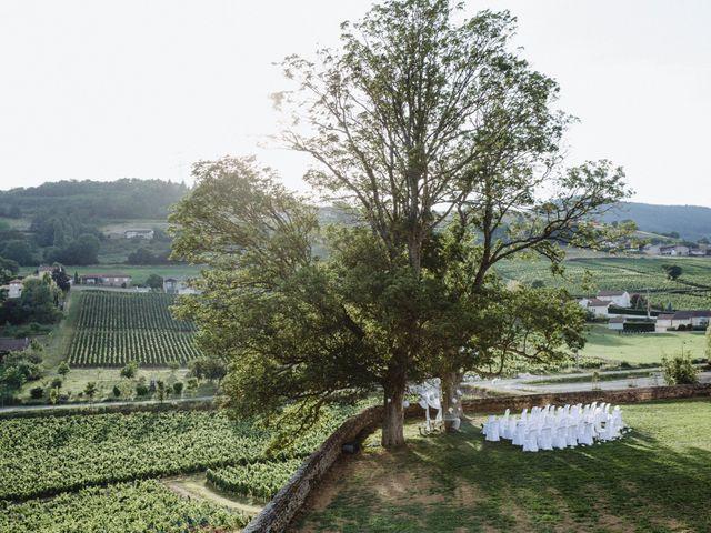 Le mariage de Xavier et Franceska à Pierreclos, Saône et Loire 54
