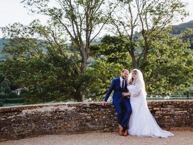 Le mariage de Xavier et Franceska à Pierreclos, Saône et Loire 55