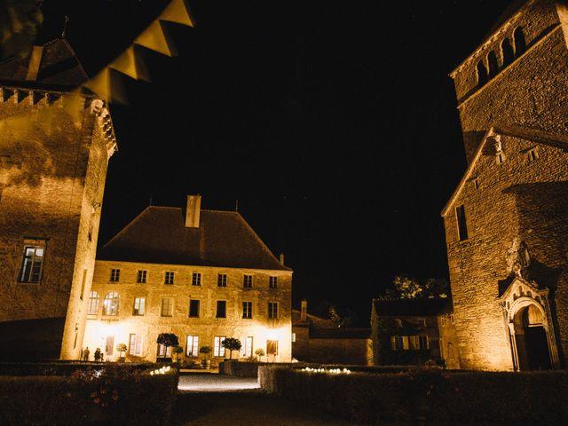 Le mariage de Xavier et Franceska à Pierreclos, Saône et Loire 69