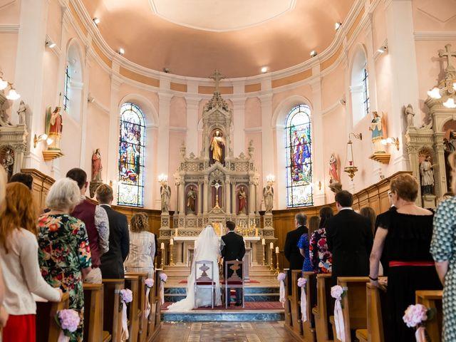 Le mariage de Rob et Emilie à Bouzonville, Moselle 9