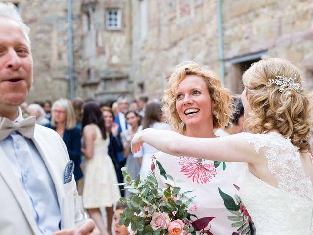 Le mariage de Rob et Emilie à Bouzonville, Moselle 18