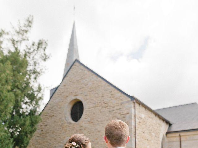 Le mariage de Christopher et Marine à Plouguenast, Côtes d'Armor 31