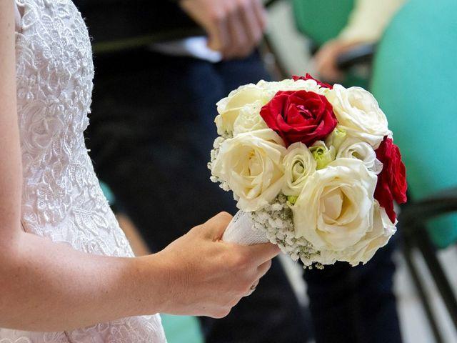 Le mariage de Geoffrey et Cynthia à Cattenières, Nord 18
