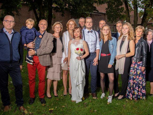 Le mariage de Geoffrey et Cynthia à Cattenières, Nord 47