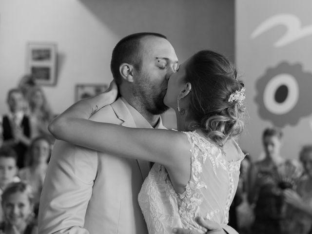 Le mariage de Mickaël et Bérengère à Marsas, Gironde 7