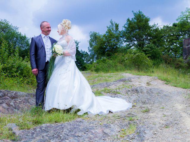 Le mariage de David et Elodie à Boussois, Nord 53