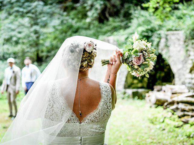 Le mariage de Alexis et Marie-Alice à Vouillé, Vienne 59