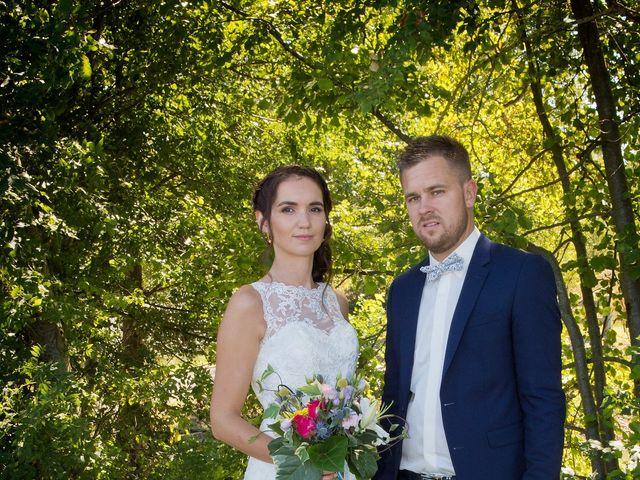Le mariage de Yoann et Marlène à Cuzieu, Loire 14