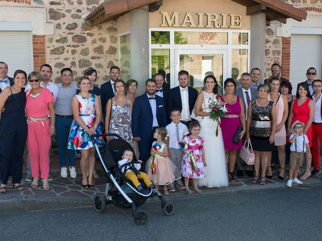 Le mariage de Yoann et Marlène à Cuzieu, Loire 18