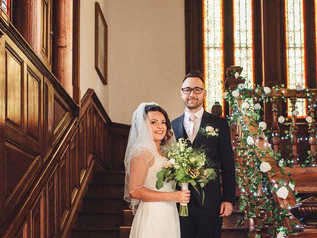 Le mariage de Florent et Emily à Saint-Lizier, Ariège 25