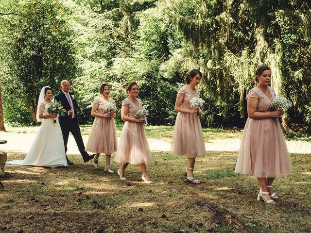 Le mariage de Florent et Emily à Saint-Lizier, Ariège 20