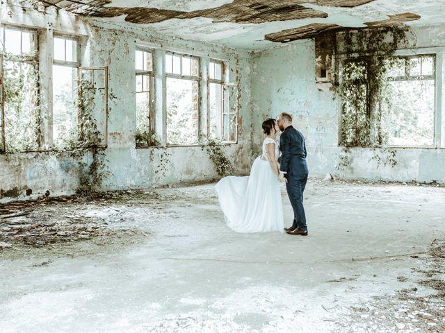 Le mariage de Anthony et Hélène à Fameck, Moselle 3