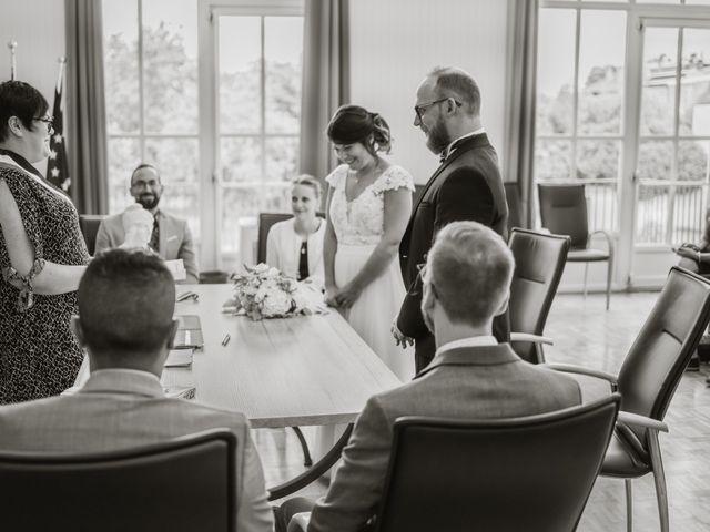Le mariage de Anthony et Hélène à Fameck, Moselle 23