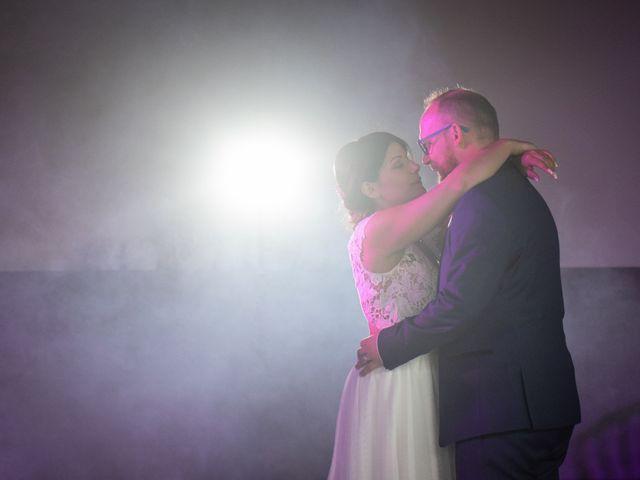 Le mariage de Anthony et Hélène à Fameck, Moselle 29