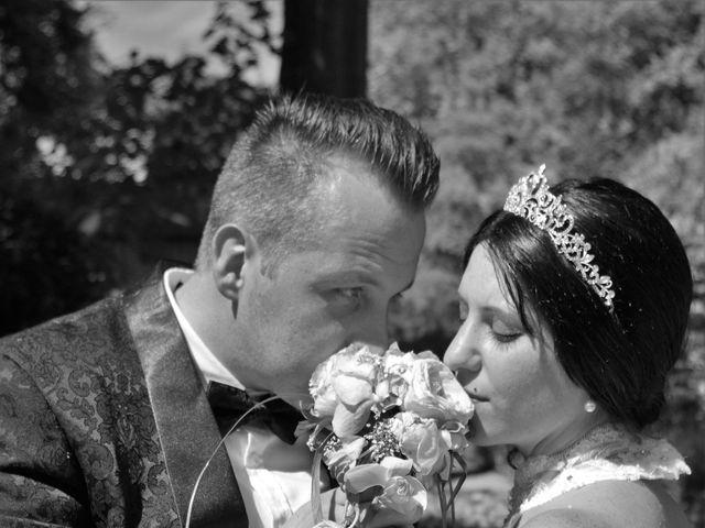 Le mariage de Christopher et Coralie à La Barre-en-Ouche, Eure 35