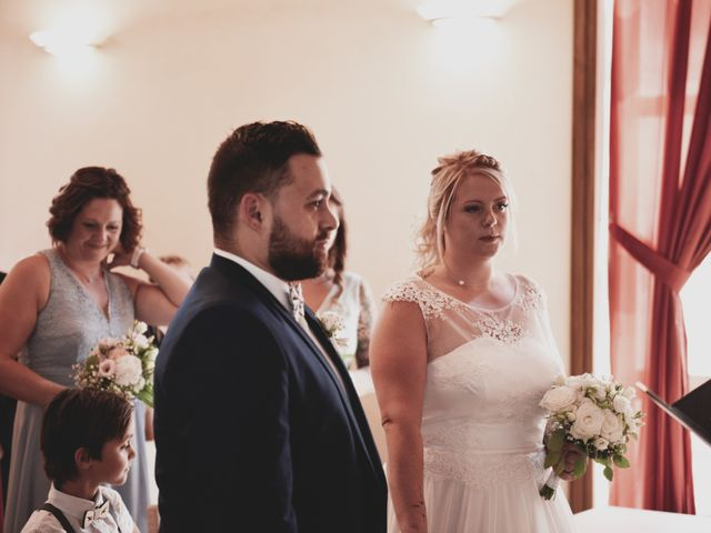 Le mariage de Johan et Christelle à Jujurieux, Ain 12