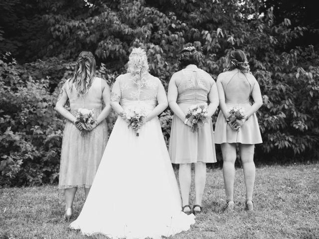 Le mariage de Johan et Christelle à Jujurieux, Ain 24