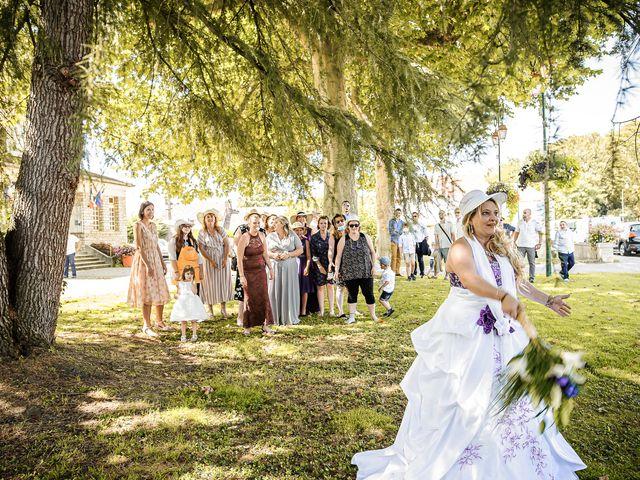 Le mariage de Eric et Yolha à Ouzouer-le-Marché, Loir-et-Cher 4