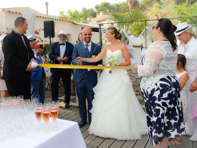 Le mariage de Sebastien et Caroline à Le Revest-les-Eaux, Var 18