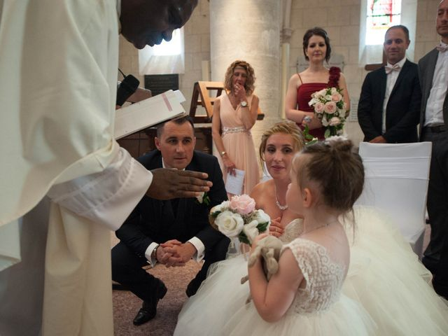 Le mariage de Romain et Charlène à Vimory, Loiret 7