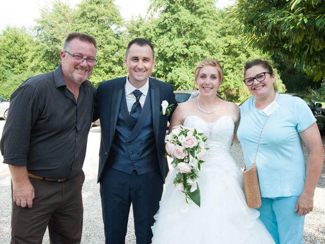 Le mariage de Romain et Charlène à Vimory, Loiret 10