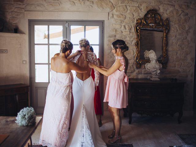 Le mariage de Nicolas et Amandine à Tarascon, Bouches-du-Rhône 12