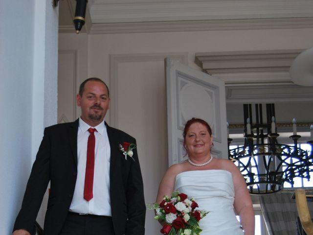 Le mariage de Thomas et Marie Adelaide  à Rethel, Ardennes 6