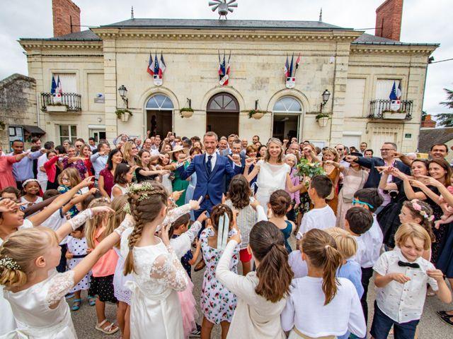 Le mariage de Christelle et Nicolas à La Chapelle-sur-Loire, Indre-et-Loire 3