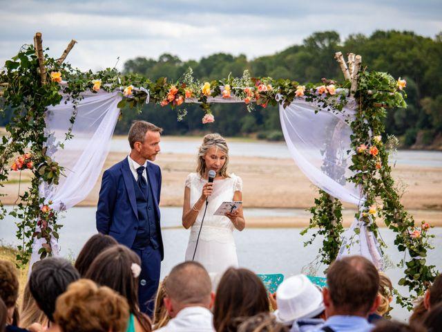 Le mariage de Christelle et Nicolas à La Chapelle-sur-Loire, Indre-et-Loire 4