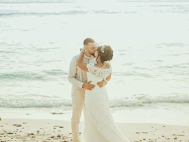 Le mariage de Vincent et Anaïs à Saint-Gilles les Bains, La Réunion 1
