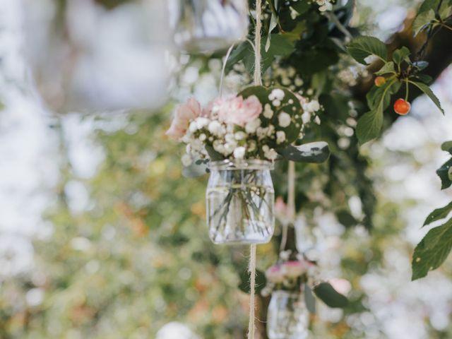 Le mariage de Thomas et Johanna à Lons-le-Saunier, Jura 8