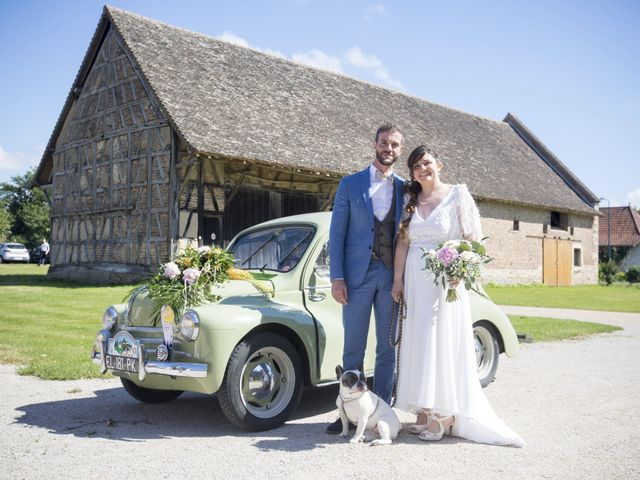 Le mariage de Thomas et Johanna à Lons-le-Saunier, Jura 10