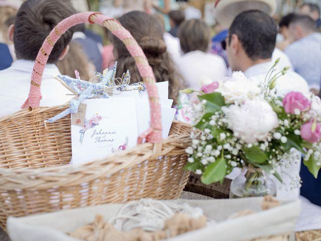 Le mariage de Thomas et Johanna à Lons-le-Saunier, Jura 12