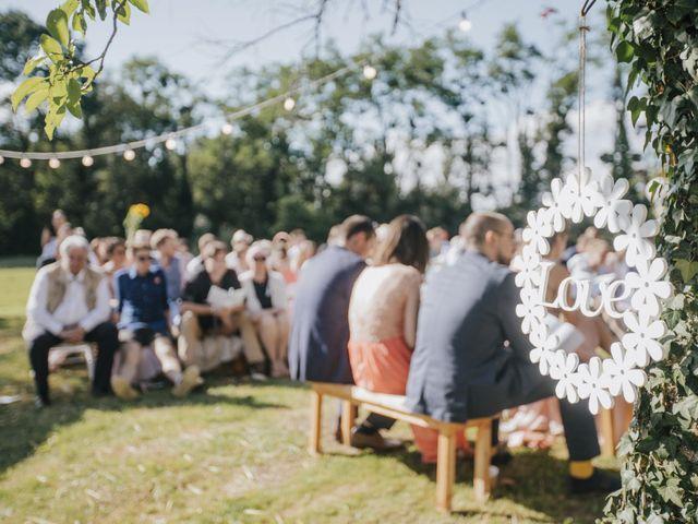 Le mariage de Thomas et Johanna à Lons-le-Saunier, Jura 14