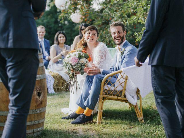 Le mariage de Thomas et Johanna à Lons-le-Saunier, Jura 15