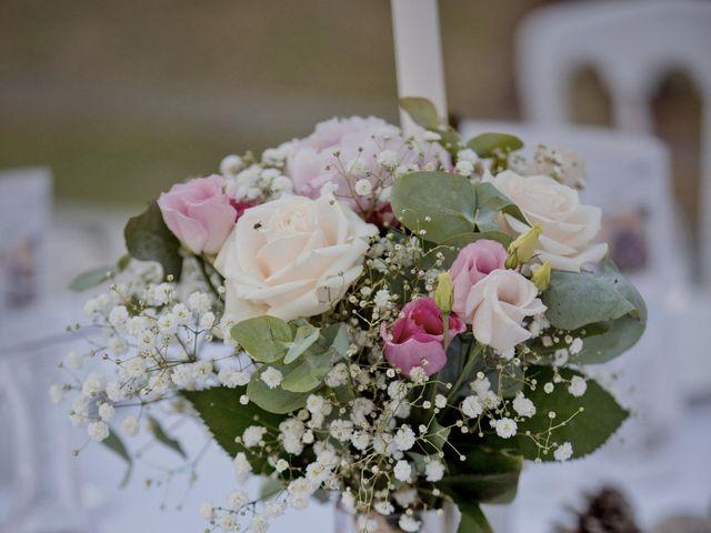 Le mariage de Thomas et Johanna à Lons-le-Saunier, Jura 23